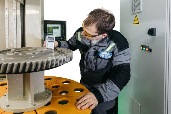 Шероховатость обработанных гидроабразивом диска турбины ГТД Ra 1,0