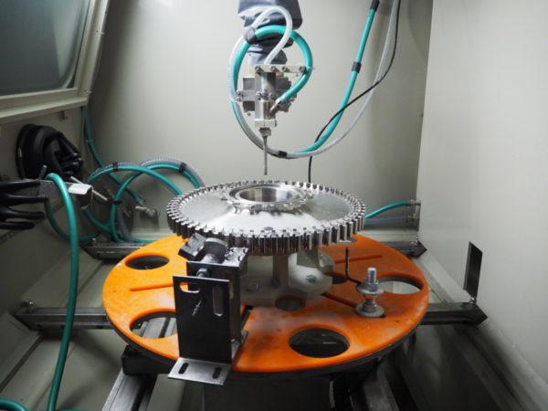 Гидродробеструйное упрочнение диска турбины авиадвигателя