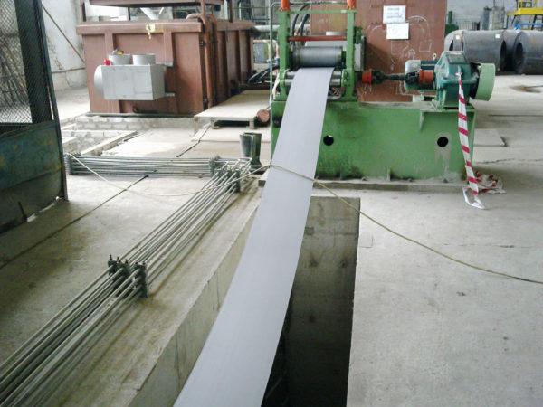 Установка гидроабразивной очистки штрипса