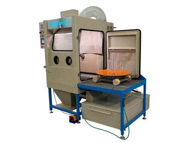 Установка гидроабразивной очистки с выездной тележкой КС-100ТГ/СК